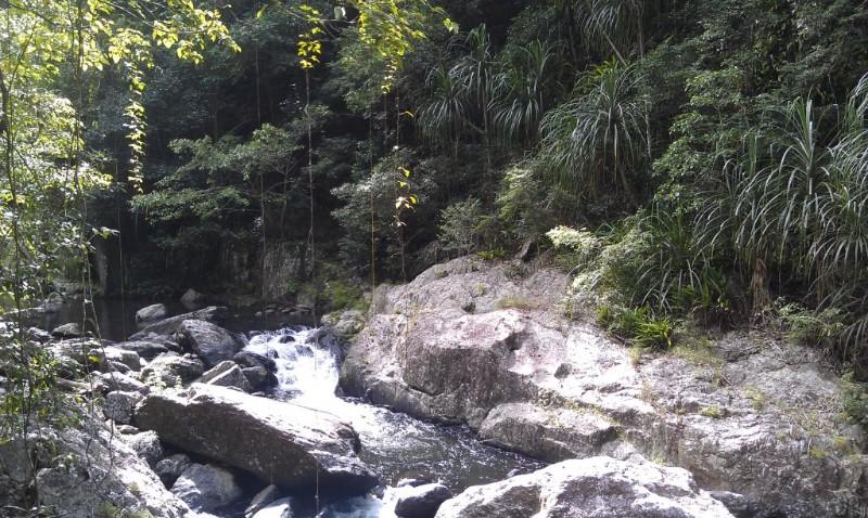 crystal-cascades-river-cairns