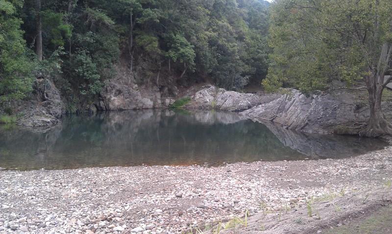 currumbin-rock-pool