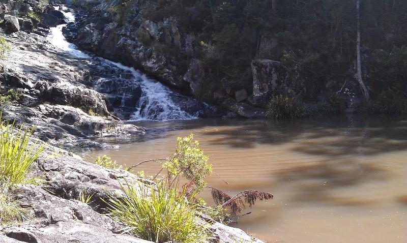 IMAG0440-cedar-creek-falls